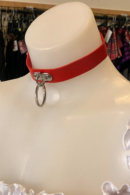 Hanging Ring Choker - Faux Leather- Red Side