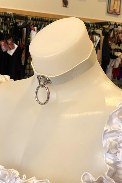 Hanging Ring Choker - Faux Leather- White Side