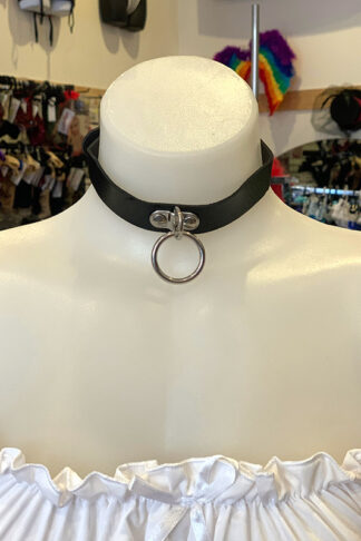 Hanging Ring Choker - Faux Leather- Black Front